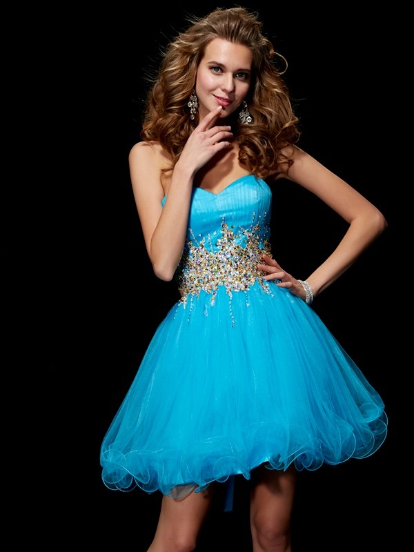 A-Line/Princess Sweetheart Beading Sleeveless Short Net Homecoming Dresses