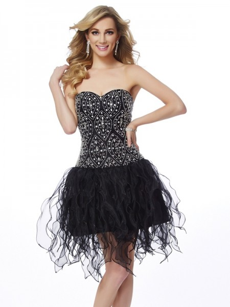 Sheath/Column Sweetheart Beading Short Organza Homecoming Dress