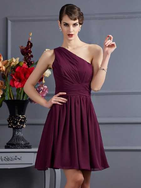 A-Line/Princess One-Shoulder Pleats Short Chiffon Bridesmaid Dress