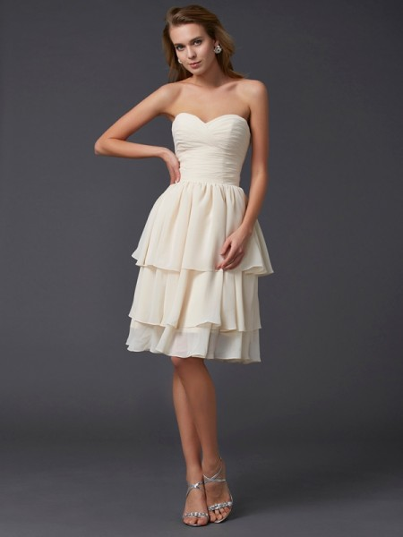 Sheath/Column Sweetheart Short Chiffon Bridesmaid Dress