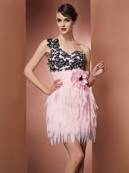 A-Line/Princess One-Shoulder Short Chiffon Homecoming Dress