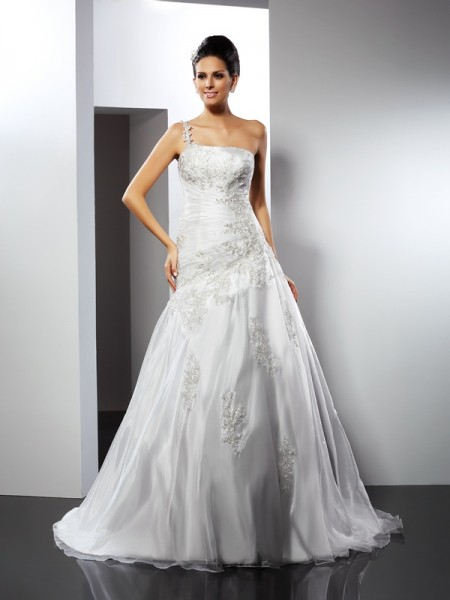 A-Line/Princess One-Shoulder Applique Long Satin Wedding Dress