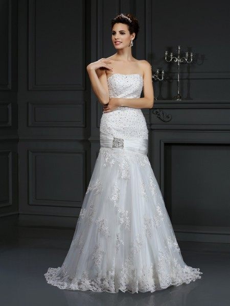Sheath/Column Strapless Applique Long Satin Wedding Dress