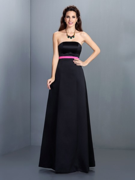 A-Line/Princess Strapless Long Satin Bridesmaid Dress