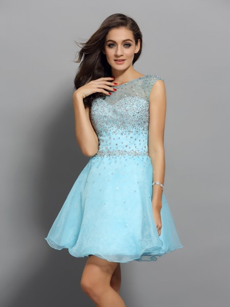 A-Line/Princess Scoop Beading Short Organza Cocktail Dress
