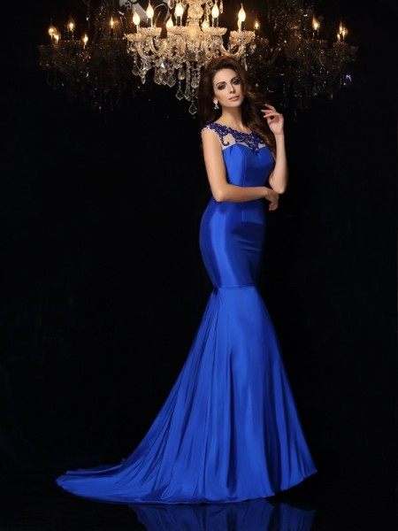 Trumpet/Mermaid Bateau Applique Long Taffeta Dress