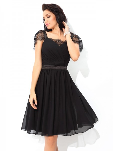 A-Line/Princess Straps Pleats Short Chiffon Cocktail Dress