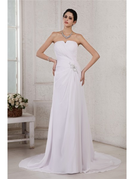 Sheath/Column Strapless Applique Pleats Chiffon Wedding Dress
