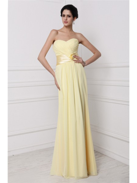 Sheath/Column Strapless Pleats Chiffon Bridesmaid Dress