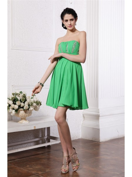 Sheath/Column Strapless Pleats Short Chiffon Cocktail Dress