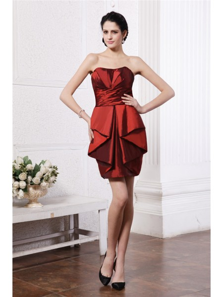 Sheath/Column Strapless Pleats Taffeta Cocktail Dress