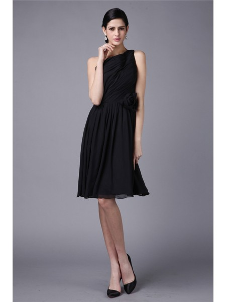 Sheath/Column One-Shoulder Pleats Short Chiffon Bridesmaid Dress