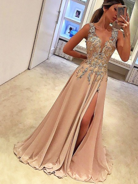 A-Line/Princess V-neck Floor-Length Applique Chiffon Dress