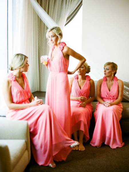 A-Line/Princess V-neck Floor-Length Chiffon Bridesmaid Dress