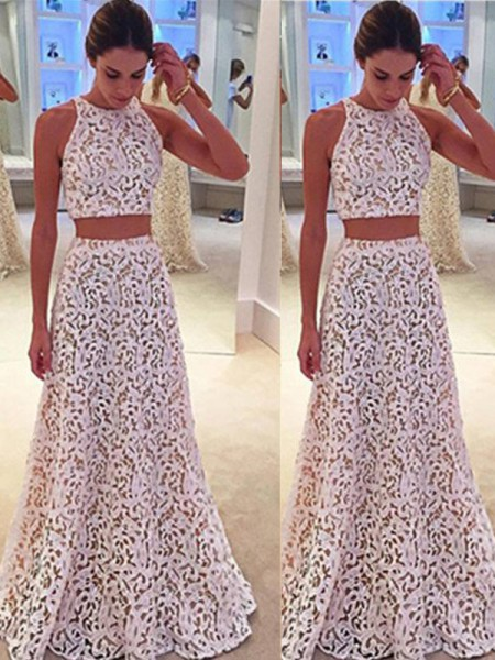 A-Line/Princess Scoop Floor-Length Lace Dress