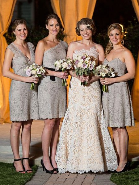 Sheath/Column Lace Floor-Length Bridesmaid Dress