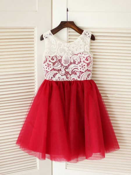 A-line/Princess Sleeveless Scoop Lace Long Tulle Dresses
